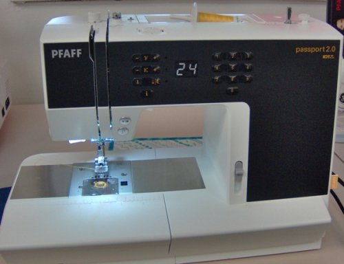 pfaff passport 2 0 review sewing insight. Black Bedroom Furniture Sets. Home Design Ideas